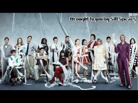 Tekst piosenki Glee Cast - We Are Young po polsku