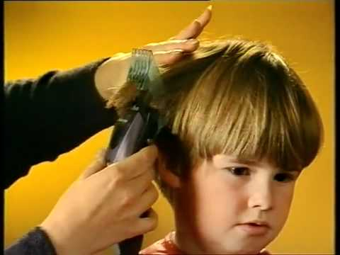 bowl cut - Go to his channel and thank him for this AWESOME tutorial hahaha xD!!! www.youtube.com/user/ohitsjelly or Check out his community channel: www.youtube.com/bo...
