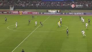 Jogador do São Paulo foi bem demais e protagonizou lance sensacional na vitória do Tricolor.Esporte Interativo nas Redes Sociais:Portal: http://esporteinterativo.com.br/Facebook: https://www.facebook.com/esporteinterativoTwitter: https://twitter.com/Esp_InterativoInstagram: https://www.instagram.com/esporteinterativo