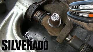 Video 2000 Silverado Z71 1500 Rear U Joint Repair MP3, 3GP, MP4, WEBM, AVI, FLV Agustus 2018