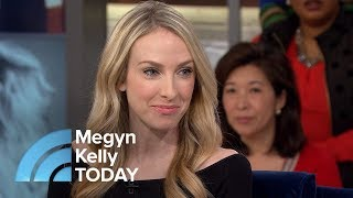 Video Woman Born With Unusual Birthmark Discovers She Is Her Own Twin | Megyn Kelly TODAY MP3, 3GP, MP4, WEBM, AVI, FLV April 2018