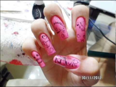 Nail art on long natural fingernails by anacarolinaaf (video 3)