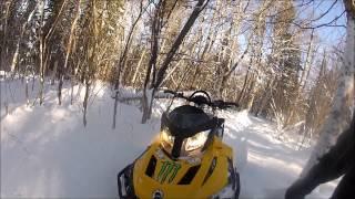 8. Hors sentier tundra 550f lt / Off trail in tundra 550f lt