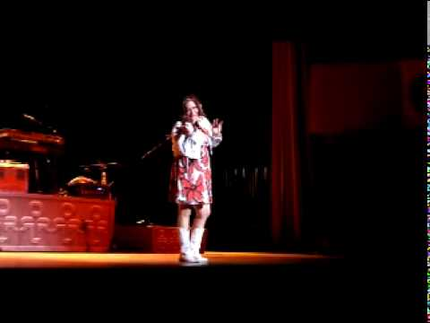 Taya Lear Heaven Heartache Opening for Darryl Worley