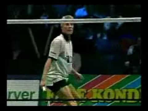 Badminton tricks - amazing