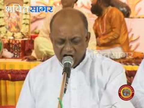 Video Govind Chale Aayo Bhajan by Vinod Agarwal download in MP3, 3GP, MP4, WEBM, AVI, FLV January 2017