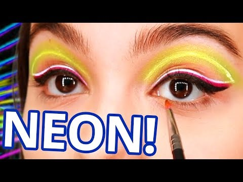 Let's GLOW Crazy (Neon) | Make It Up | Season 1 EP 3