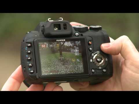 Fujifilm Finepix HS10 - Which? First look