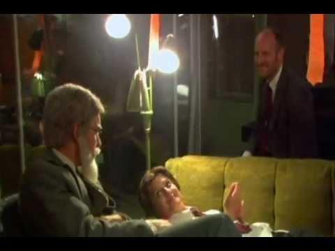 Ewan McGregor - Behind The Scenes of Beginners
