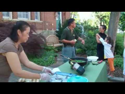 Asian Cooking Demo at Fayetteville Farmers' Market – June 25, 2009