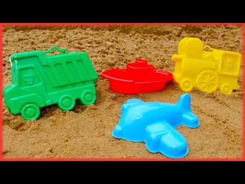 Jouer avec les bacs à sable à la plage. Vidéo éducative sur Youtube pour enfants