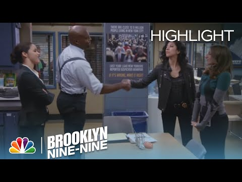 Brooklyn Nine-Nine 2.18 (Clip)