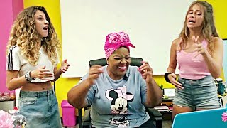 Two Italian Sisters - Beyoncé Love on Top w/Vocal Coach SUBS