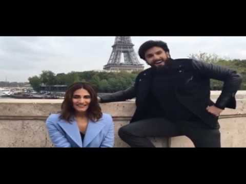 Video WATCH Ranveer Singh And Vaani Recreate Ruk Jaa Oh Dil Deewane download in MP3, 3GP, MP4, WEBM, AVI, FLV January 2017