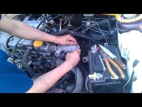 Фото №48 - как проверить термостат на ВАЗ 2110 не снимая