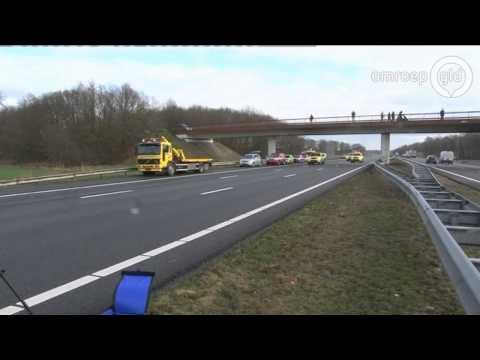 Chauffeur overleden bij ernstig ongeluk op A1