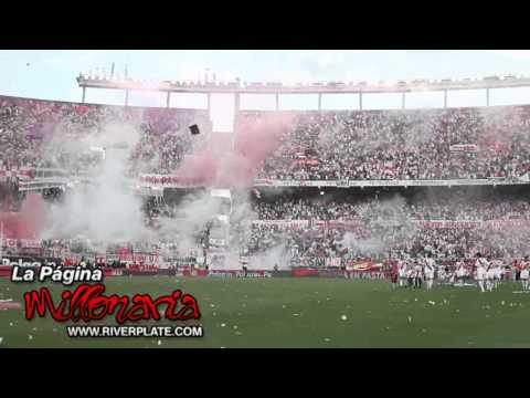 Video - River-Boca, Apertura 2010 - Salida River a la cancha - - Los Borrachos del Tablón - River Plate - Argentina