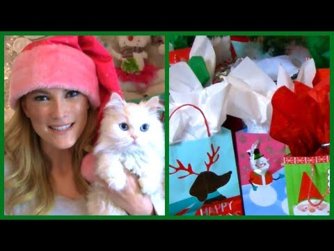 EllesGlitterGossip - I hope you enjoy day 1 of Vlogmas! ❄ Congratulations to https://www.youtube.com/user/LLPete08, the winner of today's giveaway! 24 Days of Giveaways Rules: ...