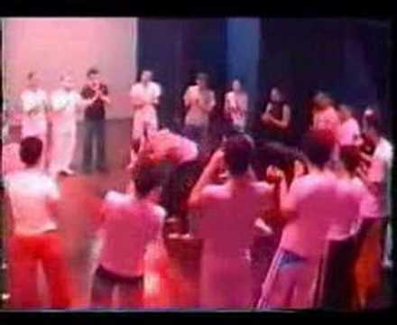 Capoeira Banzo de Senzala - Mestre Ediandro (видео)