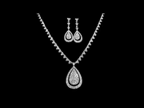 18k White Gold Cluster Diamond Necklace with Earrings and Ring Set