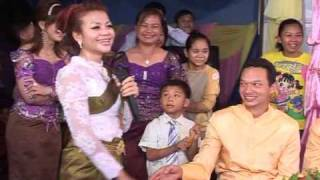 Khmer Culture - Srey Khmer Ka Cheamuy A Lamong / Funny Video