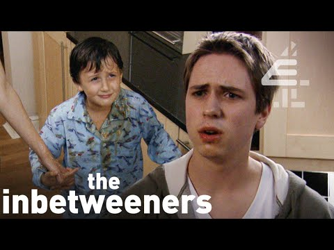 BEST OF THE INBETWEENERS | All The Funniest Moments from Series 1!