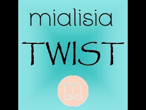Mialisia Look of the Week: The Twist and The Eyeglass Chain