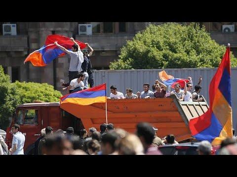 Αρμενία: Σε εκστρατεία πολιτικής ανυπακοής κάλεσε τους πολίτες ο Πασινιάν…