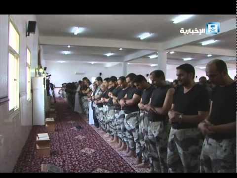 #فيديو :: أول صلاة جمعة في #مسجد_الطوارئ بعسير بعد إعادة الترميم