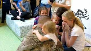 Video Soldier Surprises Family at Disney's Art of Animation Resort - Disney Flash Mob! MP3, 3GP, MP4, WEBM, AVI, FLV Agustus 2018