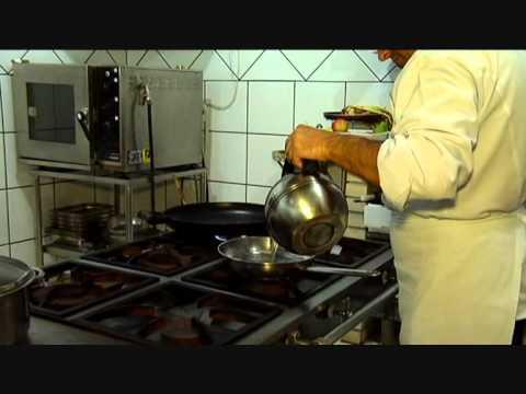 Arquitetura açoriana, cozinha globalizada. Conheça o Bistrô Santa Marta,no Canto da Lagoa.