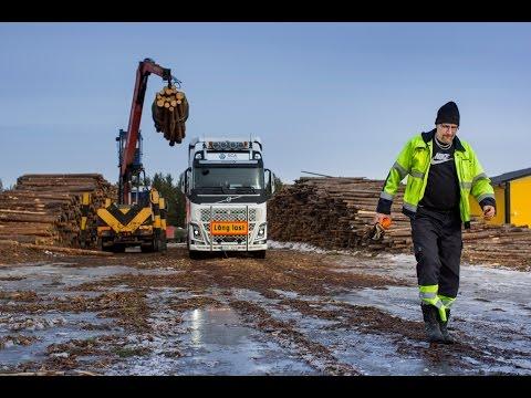 Het One More Pile-project heeft al doel het Zweedse laadlimiet te verhogen. Roger Henriksson rijdt daarvoor met een lading van 90 ton en 30 meter.