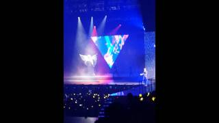 Big Bang performing Bae Bae during their MADE tour 2015 in Kuala Lumpur, Malaysia. Filmed on my mobile.