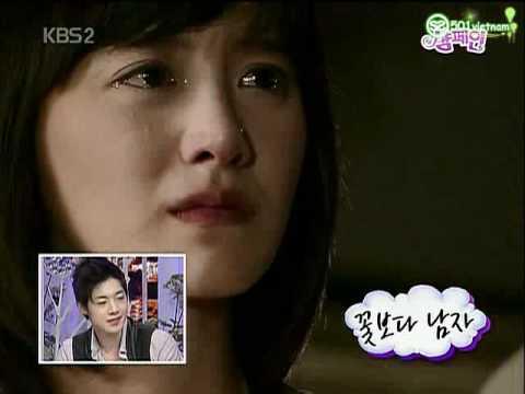 Kim Hyun Joong's reaction to see the