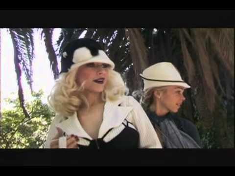Christina Aguilera – Behind The Scenes – Back to Basics