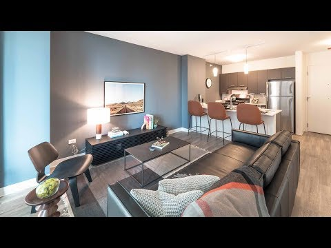 An 06-tier one-bedroom model at River North's new Gallery on Wells