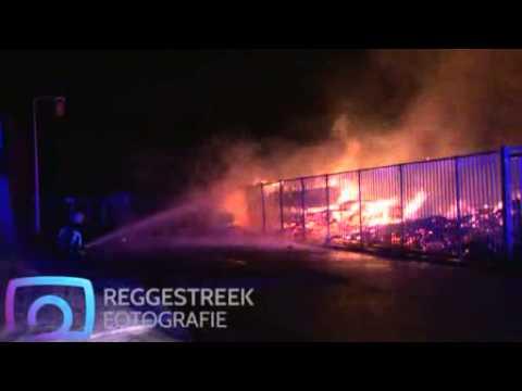 Grote brand bij bedrijf Emergo in Almelo