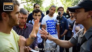 Video P1 - Di Mana Yesus Mengaku Tuhan?' Mansur Vs Christians | Speakers Corner | Hyde park MP3, 3GP, MP4, WEBM, AVI, FLV Juni 2019