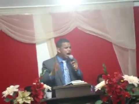 EVANGELISTA CLEITON LUIZ- PREGAÇÃO FESTIVIDADE EM CAETES III