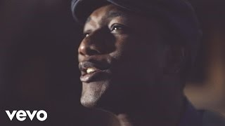 Aloe Blacc - Hello World (The World is Ours) - YouTube