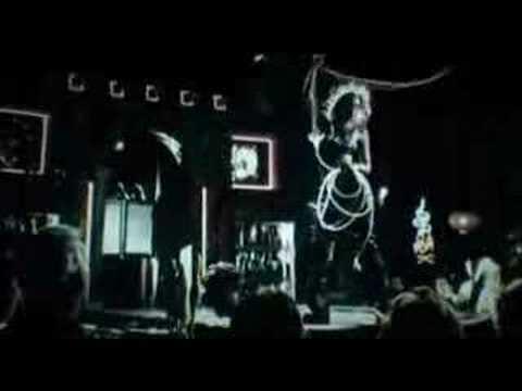 Jessica Alba Sexy Dance (Bailando en Sin City!)