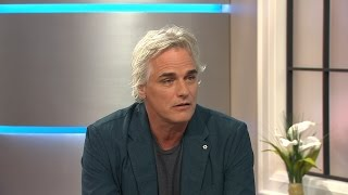 Canadian actor Paul Gross travels down 'Hyena Road'