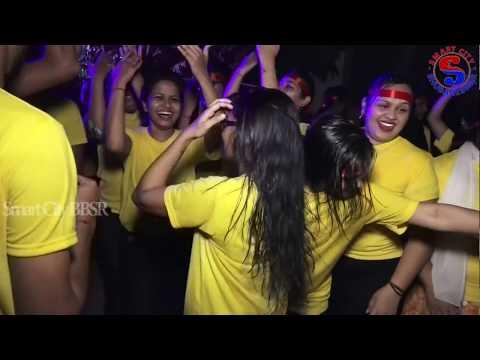 Video College girl Dancing in Bhasani I Bhubaneswar download in MP3, 3GP, MP4, WEBM, AVI, FLV January 2017