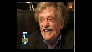"""Kurt Vonnegut interview in 2005 """"Im a man without a country"""" - one of last before 2007 death · aligzanduh. Jun 8th 2011, 07:06pm pst. Duration: 00:06:20"""