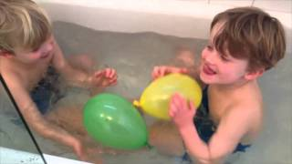 bNosy video 12 - balla lyftande ballonger