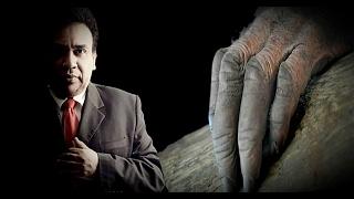 Hablar de Misterio, Terror y Fenómenos Sobrenaturales, es Hablar de un hombre que sentó las bases para la investigación de dichos fenómenos, Juan Ramón Sáenz quien en su programa radiofónico La Mano Peluda por casi 15 años, abrió  los micrófonos al pueblo , para que ellos mismos contaran su macabras y espeluznantes historias y anécdotas ….Unete a nuestras Redes Sociales Facebook : https://www.facebook.com/cercanoparanormalGrupo en Facebook : https://www.facebook.com/groups/zonaparanormalveracruzMis Cuentas Personales Facebook :  https://www.facebook.com/Jaguar-Paranormal-287105631679282Twitter :  https://twitter.com/Luzardo_Jaguar