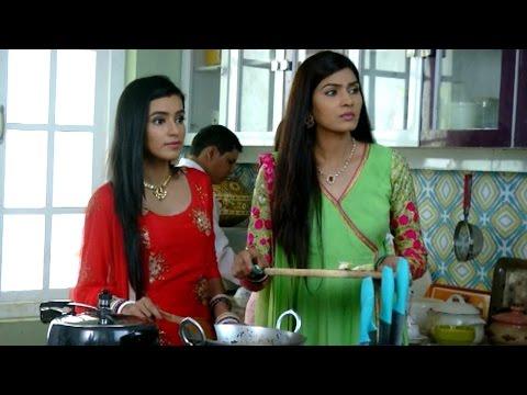 Meghna & Naina SUPRISE their family in Ek Shringar