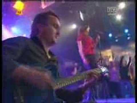 Tekst piosenki Brathanki - Ballada poziomkowa po polsku