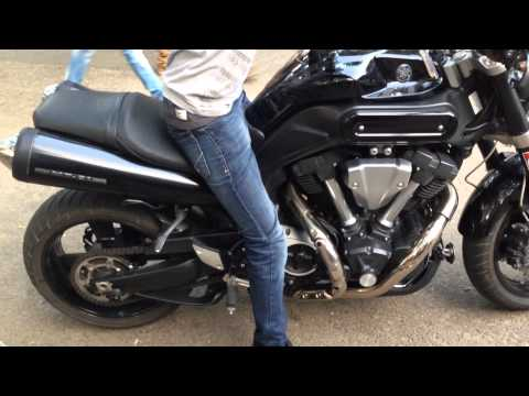 Yamaha MT-O1 Custom Exhaust, Very Loud!!