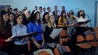 Corul – Închinați-vă înaintea Lui